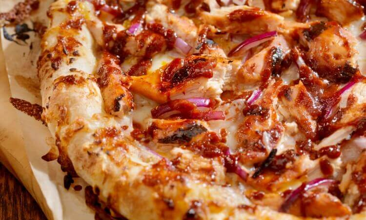 Barbeque Chicken Pizza With Pizza Sauce Recipe