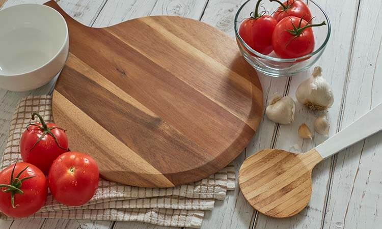 How To Clean A Wooden Pizza Peel