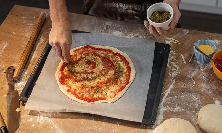 How To Cook Pizza Without A Pan: Easy Tricks