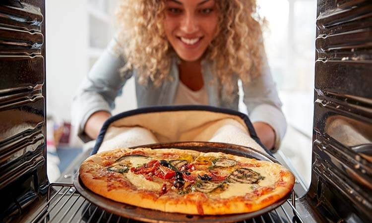How To Keep Pizza Warm In Oven