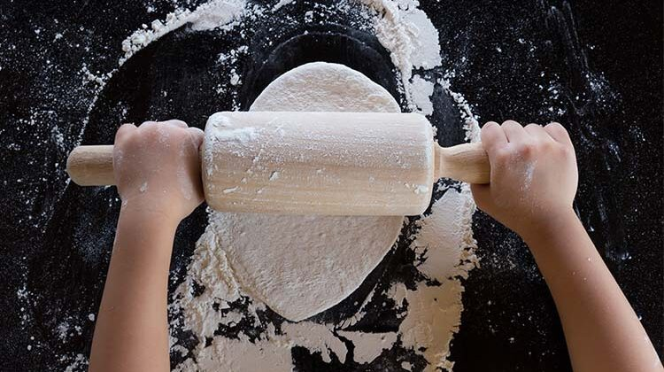 How-To-Roll-Out-Pizza-Dough-Easy-Guide