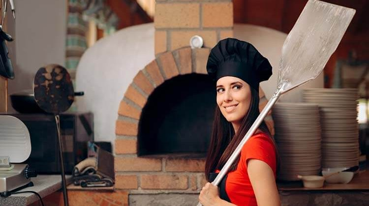 How To Use A Pizza Peel