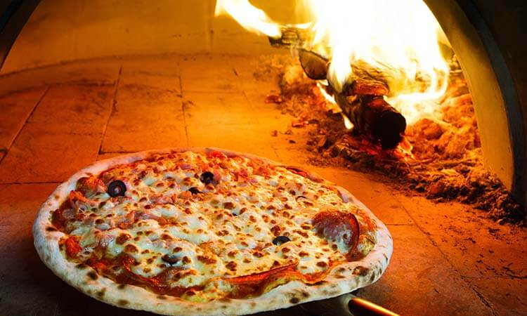 The 7 Best Pizza Stones For Authentic Pizzas